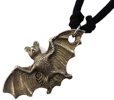 Bijoux De Ja Pewter 3D Flying Bat Pendant Suede Cord Necklace 16 Inches (Auction Kings Season 3)