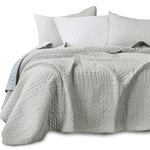 KASENTEX Quilted Coverlet 3-pc Mini Bedding Set - All Season Lightweight Ultra Soft Stone Washed Blanket - Heat-Pressed 2-Tone Reversible Color, Twin + 2 Shams, Fairest Grey/Sky Blue