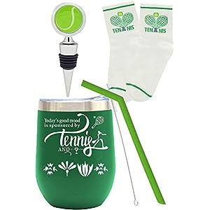 מארז מתנה בסגנון טניס הכולל מגוון מתנות קטנות ומיוחדות !