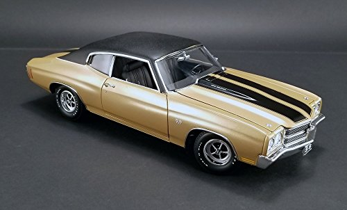 1970 SS 396 Chevelle in Dessert Sand w Vinyl Top Diecast Model in 1:18 Scale by Acme (1970 396 Chevelle Ss)