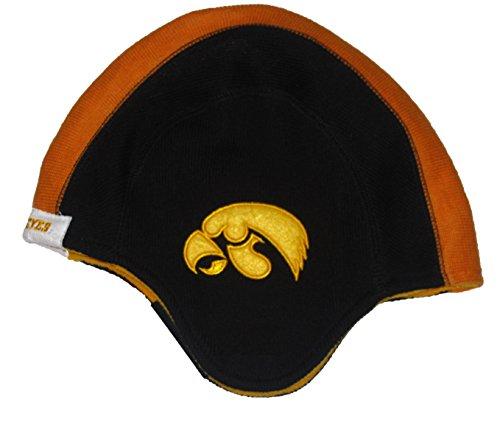 Iowa Hawkeyes Old School Helmet Beanie Hat