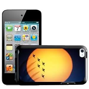 Fancy A Snuggle - Carcasa rígida para iPod Touch de 4ª generación, diseño de aviones