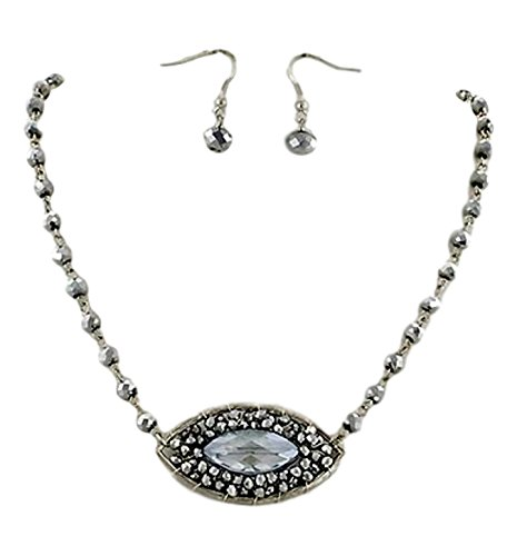 Lovely Clear and Silver Tone Beaded Necklace and Earrings ()