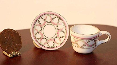 Dollhouse Miniature Oversized Teacup & Saucer
