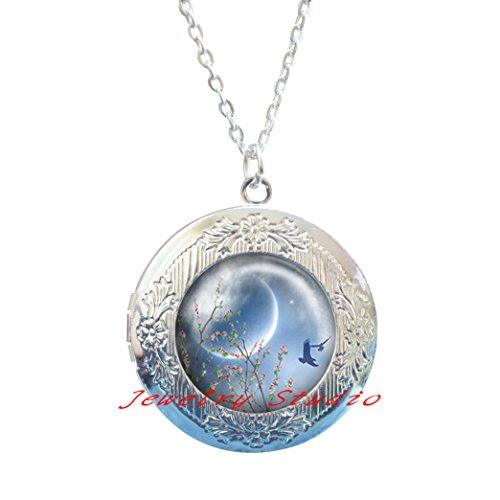 (Spring Equinox Locket Pendant, Spring Equinox Locket Necklace, crescent moon Locket Necklace, Wiccan jewelry, pagan jewelry, Ostara Locket Necklace-HZ00426)