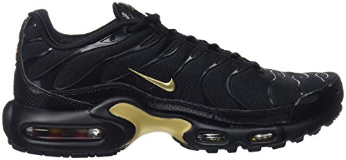 Nike Men's Air Max Plus Gymnastics Shoes, Grey Black (Black/Mtlc Gold 022)