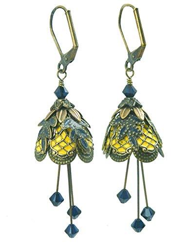 [Fairy Flower Brass Leverback Dangle Earrings - Classic Courtesan] (Renaissance Courtesan Costume)