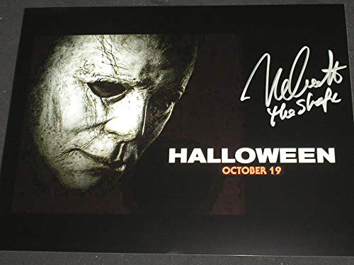 Nick Castle Signed Michael Myers 10x13 Photo 2018 Halloween Movie The Shape B]()
