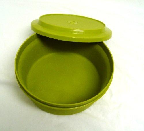 Tupperware Vintage Avocado Green 5 Cup Seal N Serve Bowl with Plate / Lid