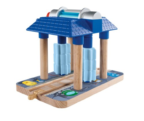 Fisher-Price Thomas & Friends Wooden Railway, Sodor Wash Down - Battery Operated (Wash Sodor Engine)
