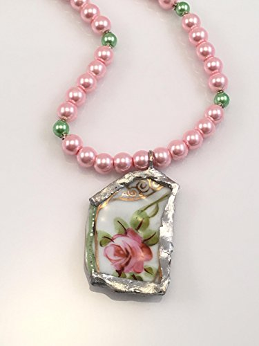 broken-china-plate-necklace