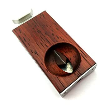 how to use a v cut cigar cutter