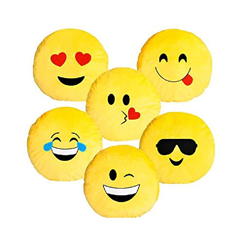 18'' Emoticon Pillow by Bargain World