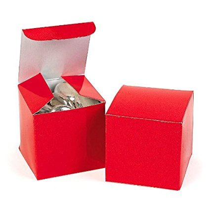 Fun Express Mini Red Gift Boxes (6 Dozen) by Fun Express