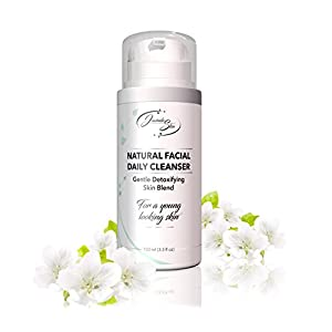 FACIAL GENTLE CLEANSER. Natural Ingredients. Hydrates and Softens Skin Texture. No Oily Feeling After Use. Gently Detoxifying Skin Blend. Removes dirt, oil, and makeup.