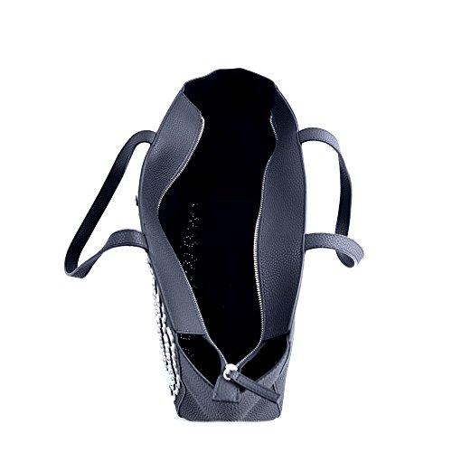 Ermanno Scervino Borsa Shopping grande donna pelle goffrata nera con fiorellini bianchi e borchie applicate. Tasche interne e chiusura con cerniera.