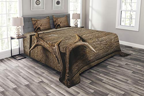 Ambesonne Antlers Bedspread Set Queen Size, Deer Antlers on Wood Table Rustic Texture Surface Hunting Season Fall Gathering Art, Decorative Quilted 3 Piece Coverlet Set with 2 Pillow Shams, Umber (Rustic Antler Deer)