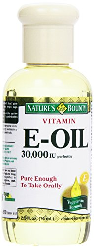Vitamin E-Oil nourishes your skin