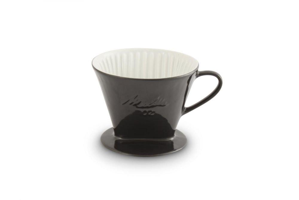 Friesland Melitta Kaffeefilter Kaffeefilter Kaffeefilter 102 1 Loch Porzellan schwarz + Kaffeekanne 0,9L + Kaffeemaßlöffel B01J87GCFC Tee- & Kaffeekannen 2047d5