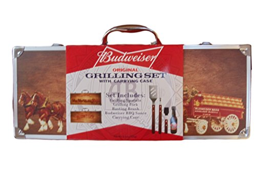 budweiser-original-grilling-set-with-wood-clydesdale-carrying-case-5-pc