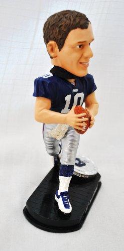 New York Giants Official NFL #10 Eli Manning rare Blatinum base action Bobble Head