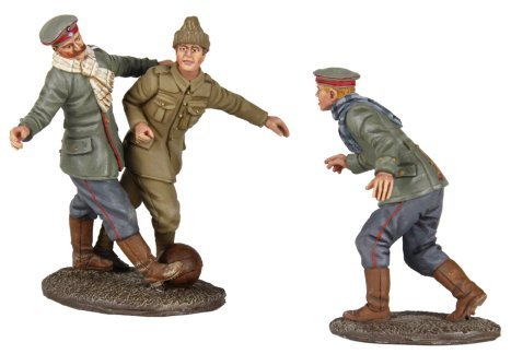 w-britain-23088-a-friendly-game-1914-christmas-truce-soccer-set-1-no-mans-land-soccer-match