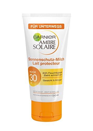 Garnier Ambre Solaire Sonnencreme / Feuchtigkeitsspendende Sonnenschutz Milch / LSF 30, 3er Pack - 3 x 50 ml