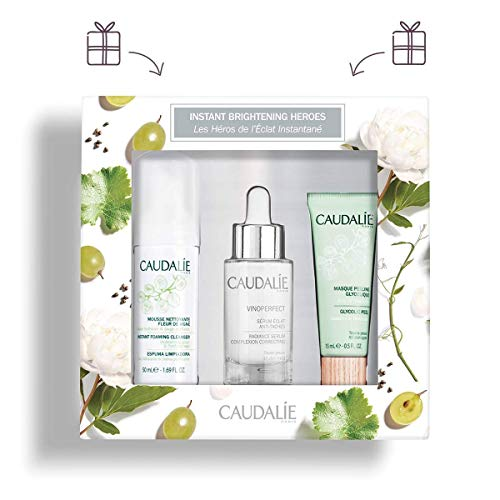 (CaudalÍe Brightening Heroes Set. Brightening Vinoperfect Radiance Serum (30ml), Gentle Instant Foaming Cleanser (50ml), and Exfoliating Glycolic Peel (15ml).)