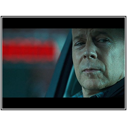 A Good Day to Die Hard 8x10 Photo Bruce Willis Head Shot in Car Looking Like