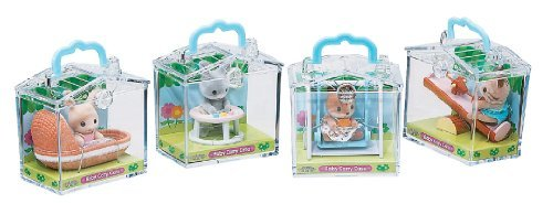 Calico Critters in Mini Carrying Case (Styles May Vary, Each Sold Individually) ()