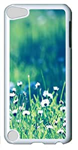 iPod Touch 5 Case and Cover -Daisies field PC case Cover for iPod Touch 5¨C White