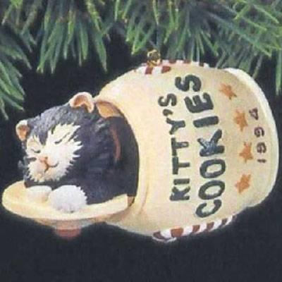 Hallmark Keepsake Ornament - Cat Naps 1994 (QX5313)