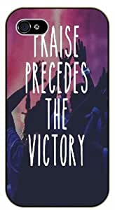 Praise precedes the victory - Dancing - Bible verse iPhone 5 / 5s black plastic case / Christian Verses