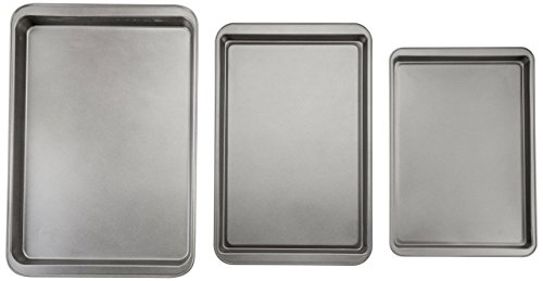 AmazonBasics 3-Piece Nonstick Baking Sheet Set by AmazonBasics (Image #3)