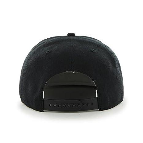 Amazon.com   47 Forty Seven Brand MLB New York Yankees Sure Shot Snapback  Cap Black Captain  Clothing 91602d29ecf