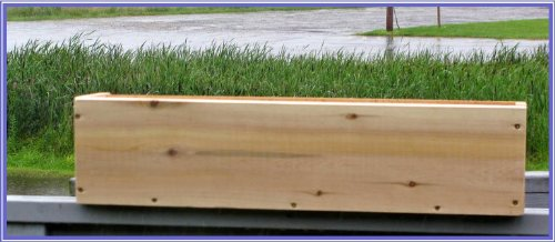 Maine Bucket PL24 24 Inch Plain Cedar Window Box - Natural made in Maine