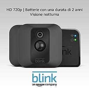 Sistema di telecamere per la sicurezza domestica Blink XT, per esterni, con rilevatore di movimento, supporto da parete, video in HD, batterie con una durata di 2 anni e archiviazione sul cloud - Sistema a 2 telecamere