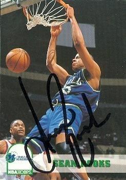 Sean Rooks autographed Basketball Card (Dallas Mavericks)...