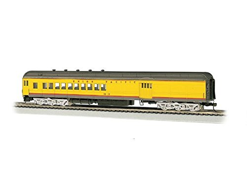 Bachmann Industries Union Pacific 4 Window Door #2512 72' Heavyweight Combine with Lighted Interior ()