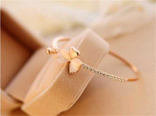 (konkanok shopFashion Women Jewelry Flower Crystal Gold Plated Charm Cuff Bangle Bracelet Gift)