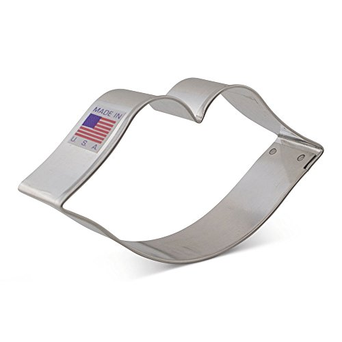 Lips / Kiss Cookie Cutter for Valentines Day - Ann Clark - 4.1 Inch - US Tin Plated Steel