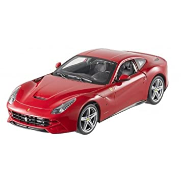 Hot Wheels Ferrari F12 Berlinetta 1:18 rot Modellauto: Amazon.de ...