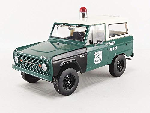 1:18 Artisan Collection - 1967 Ford Bronco - New York City Police Department (NYPD) with Opening Doors (19036) ()