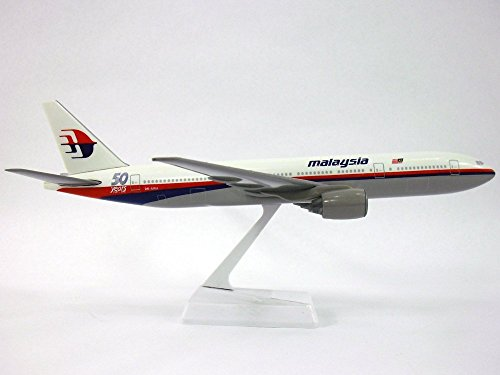 Genesis Model Kit (Malaysia 50th Anniversary. Boeing 777-200 Airplane Miniature Model Snap Fit 1:200 Part#ABO-77720H-016)