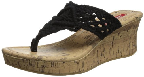 Union Bay Women's Daffodil Wedge Sandal,Black,6 M US