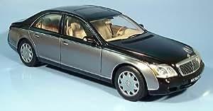 Maybach 57 SWB, negro / plateado, Millenium edicion, 2002, Modelo de Auto, modello completo, AutoArt 1:18