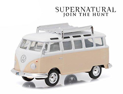 Greenlight 1: 64 Hollywood Series 13 - Supernatural (2005) - 1967 Volkswagen Samba Bus Diecast Vehicle