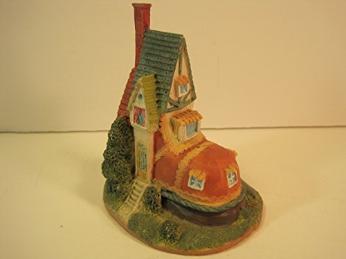 Old Woman Who Lived in a Shoe, Christmas Village Figurine, 4 Inches ()