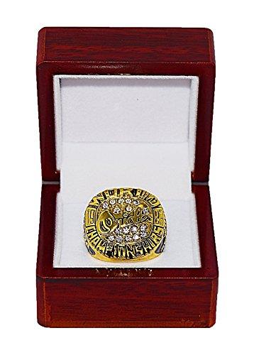 Cal Ripken Jr World Series - BALTIMORE ORIOLES (Cal Ripken Jr.) 1983 WORLD SERIES CHAMPIONS Vintage Rare & Collectible Replica Major League Baseball Gold Championship Ring with Cherrywood Display Box