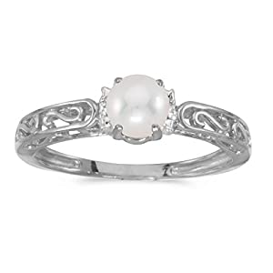 0.01 Carat (ctw) 14k Gold Round Freshwater Cultured Pearl and Diamond Accent Swirl Filigree Engagement Promise Fashion Ring (4.5 MM)